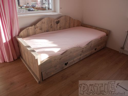 bed geanne